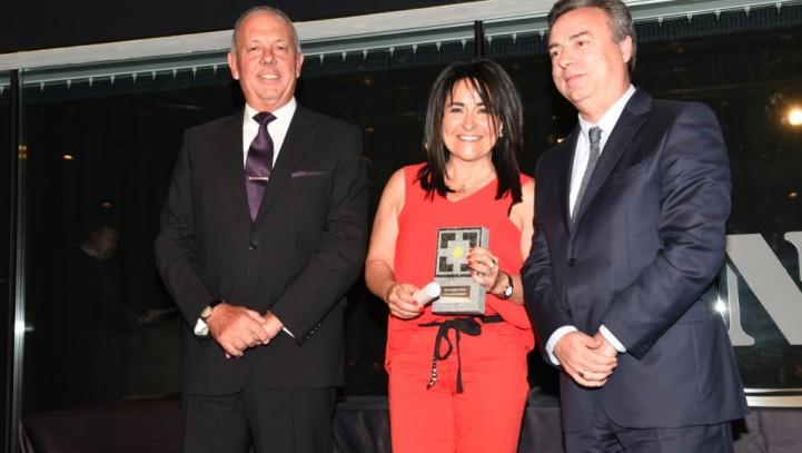 Homenaje del Col•legi de Mediadors d'Assegurances a Marta Corellano, por los 25 años de profesión y dedicación al sector asegurador.
