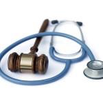 ¿Puede la aseguradora presentar ante el juzgado un informe médico distinto y más amplio que el que envió al lesionado en su oferta motivada?